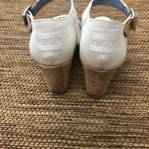 Toms Shoes - Toms White Wedges Size 7
